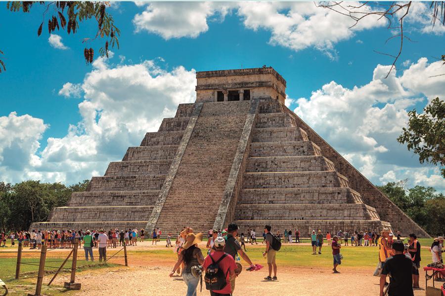 Llama Torruco a construir alianzas en toda la cadena turística
