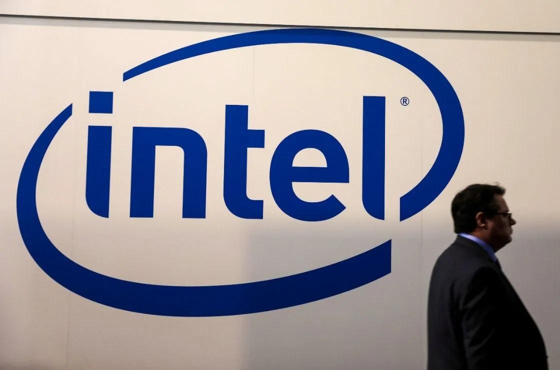 """Intel México ve """"luz al final del túnel"""" en desabasto de chips para fines de 2021: Director General"""