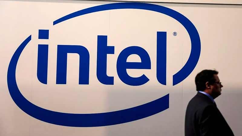 Intel quiere fabricar chips para automóviles y tenerlos listos en 6 meses