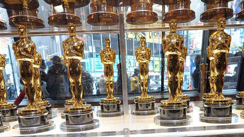 Principales competidores por el Oscar cruzan los dedos