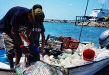 Realizan primer campeonato de pesca de plástico